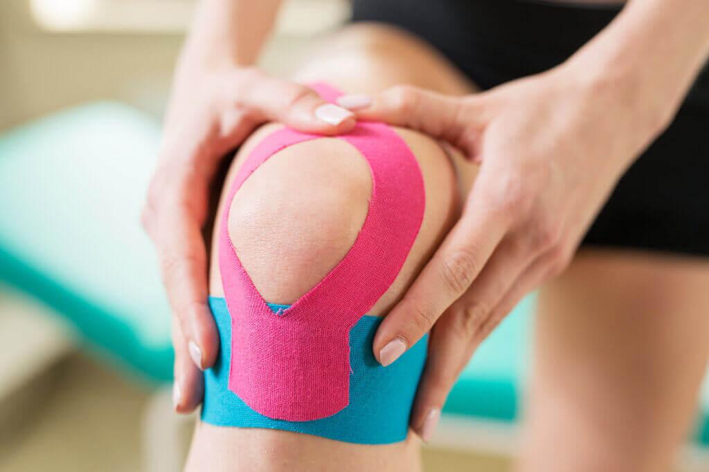 Kinesio taping knee pain